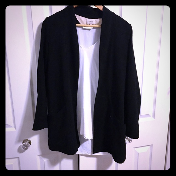 Aritzia Jackets & Blazers - 🍾2 for $50🍾 Wilfred relaxed blazer